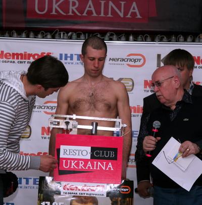Смотрите фотогалерею Сергей Федченко на весах