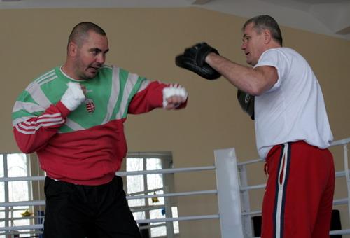 Смотрите фотогалерею Йозеф Надь со своим тренером Георгом Лакотски