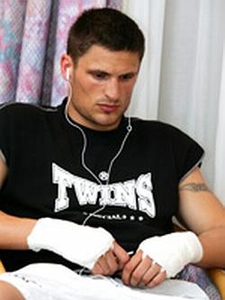 Томас Адамек