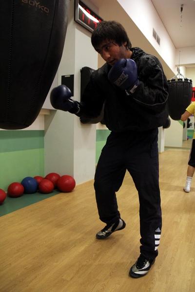 Смотрите фотогалерею Марат Кулумбегов во время тренировки